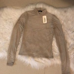 NWT Knit TOP TURTLENECK
